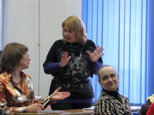 http://base.spbric.org/files/nikiforova/43_Nikiforova_Levitskaya_Zlotnikova.JPG