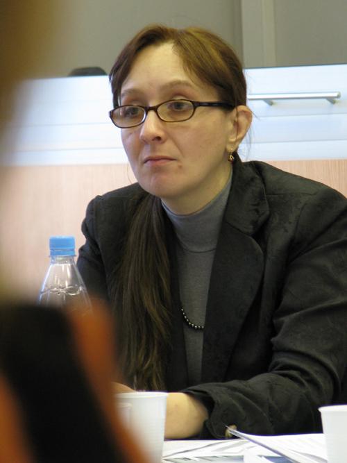 http://base.spbric.org/files/nikiforova/53_Koroleva.JPG